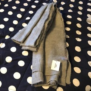 NWT Urban Outfitters Blanket Scarf